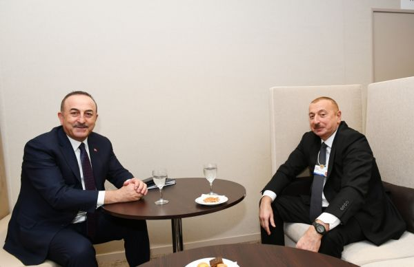 President Ilham Aliyev meets with Turkish Foreign Minister in Davos