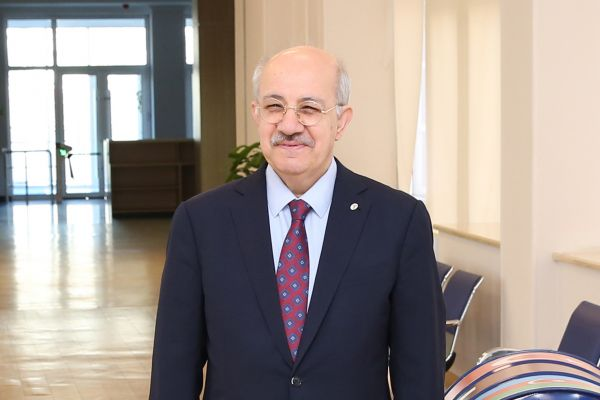 Mehmet Karaca: 'I believe that Baku Higher Oil School will very soon make itself known in the region'