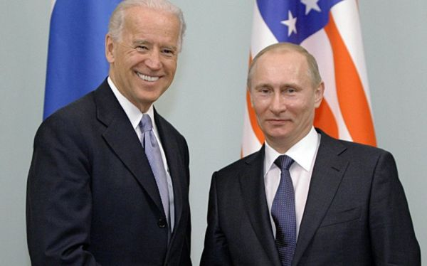 Biden notes importance of personal communication with Putin