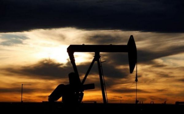 Oil prices rise on high demand