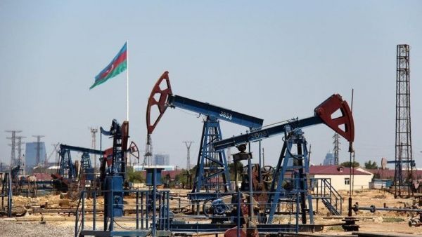 Daily crude oil production in Azerbaijan amounted to 586.2 thousand barrels in September